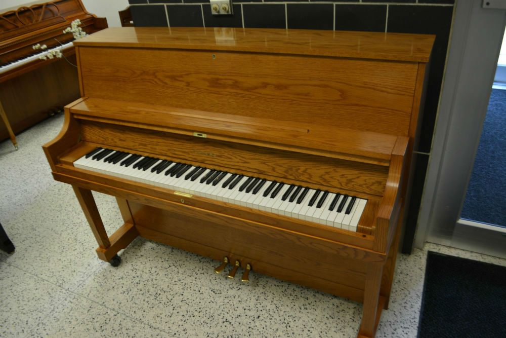 Yamaha upright piano mx22 oak satin used minneapolis for Yamaha pianos nj