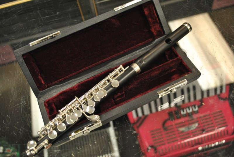 Schiller Ebony Wood Piccolo Flute