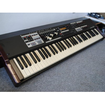 Roland Juno DI Synthesizer - Minneapolis music store, Schiller, Steinway,  Kawai pianos, and more
