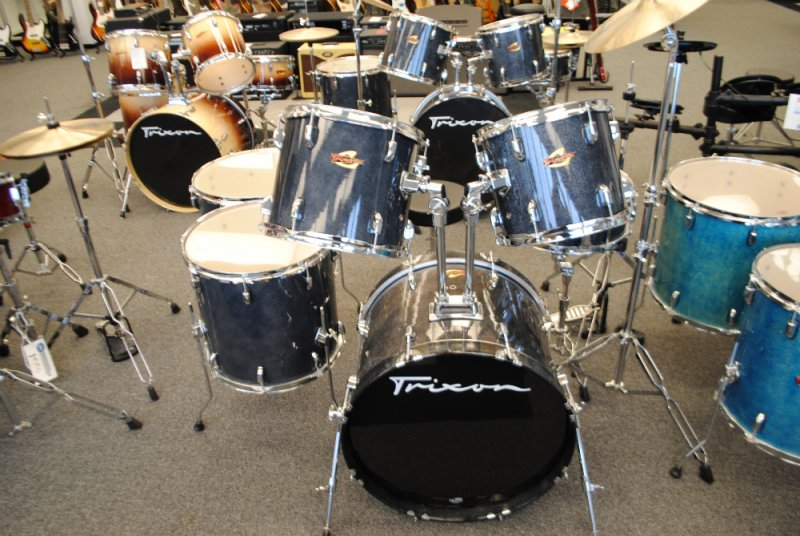 Trixon Luxus 200 Black Sparkle 6pc with Stands Used