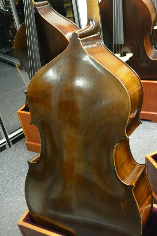 Vienna Strings Frankfurt 1/2 Size Bass Old German Violin Corners